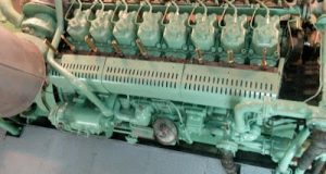 How to prepare marine diesel engine for starting!!